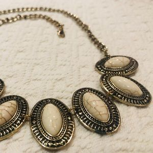 5/$30 Boho Oval Necklace